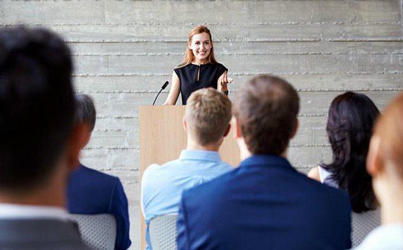 Les grands orateurs sont toujours en situation d'apprendre.